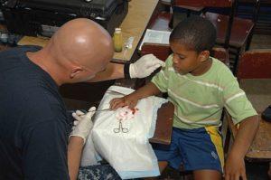 Child_getting_stitches
